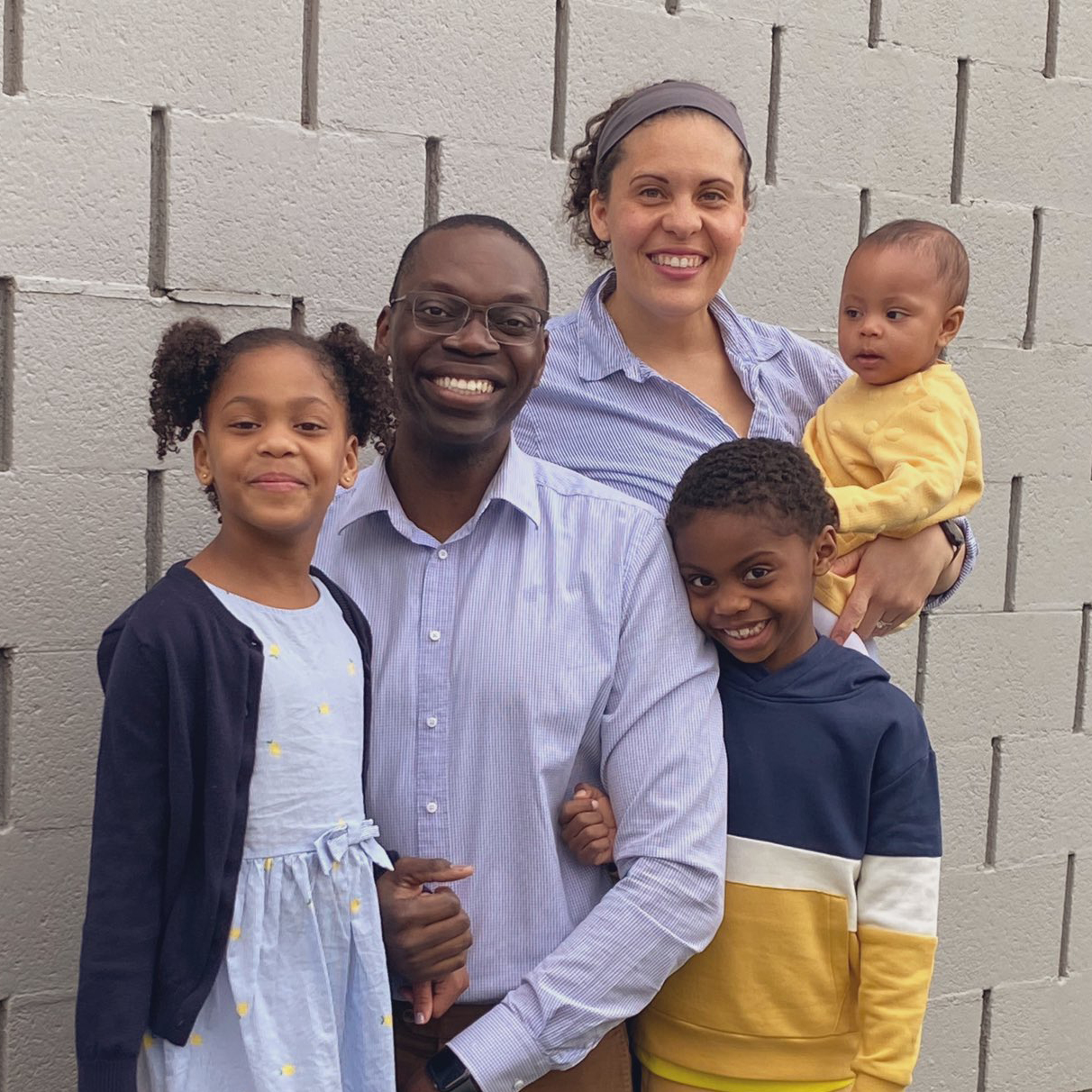 garlin gilchrist with his family
